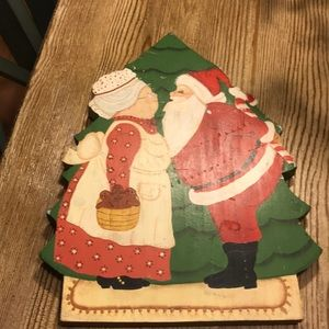 Vintage Wood Plaque Mr. and Mrs. Claus Kissing